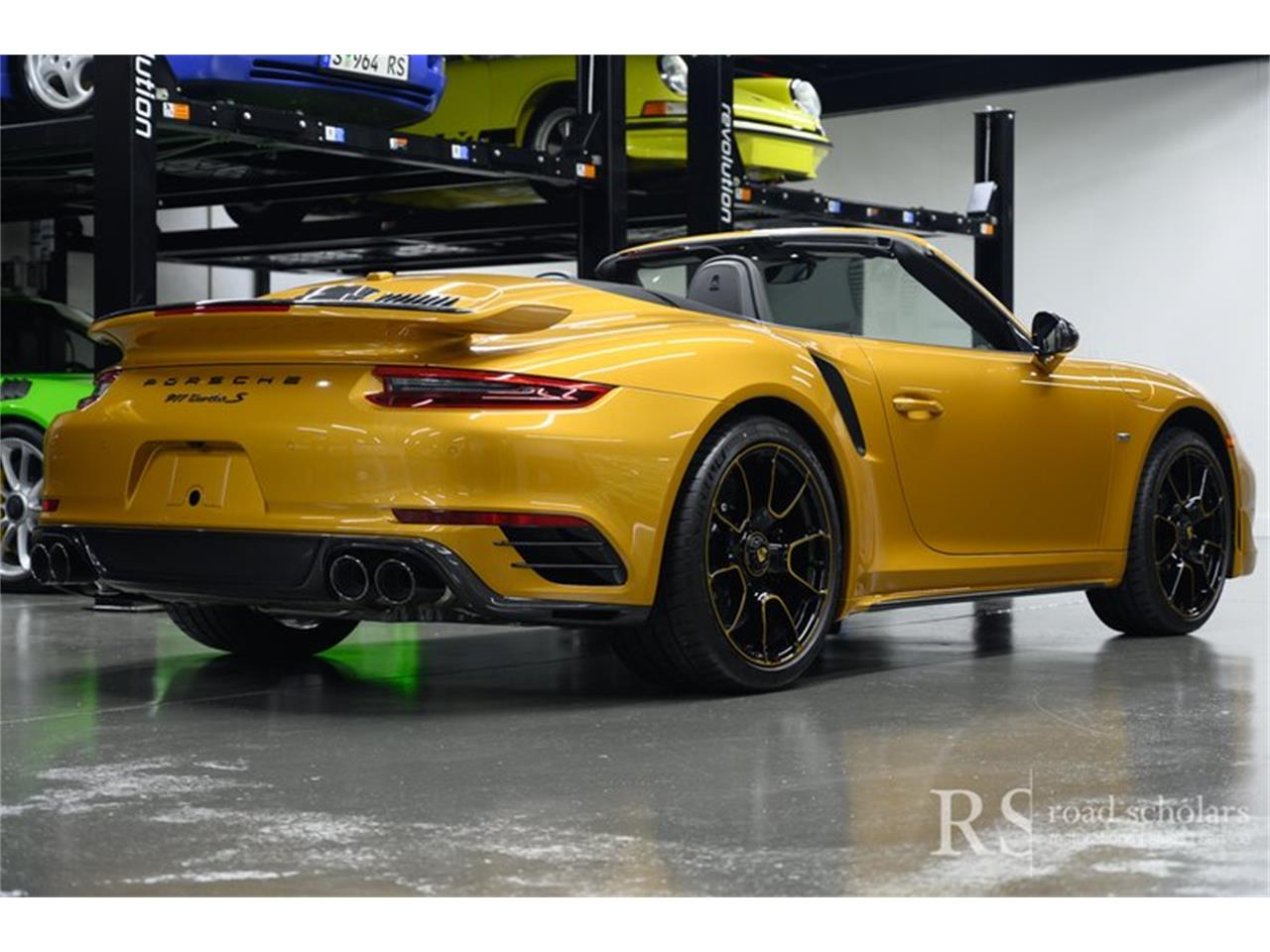 Large Picture of '19 911 - QHC9