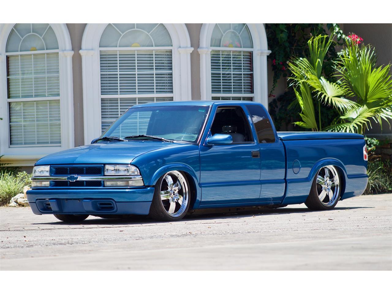 For Sale: 2001 Chevrolet S10 in Eustis, Florida