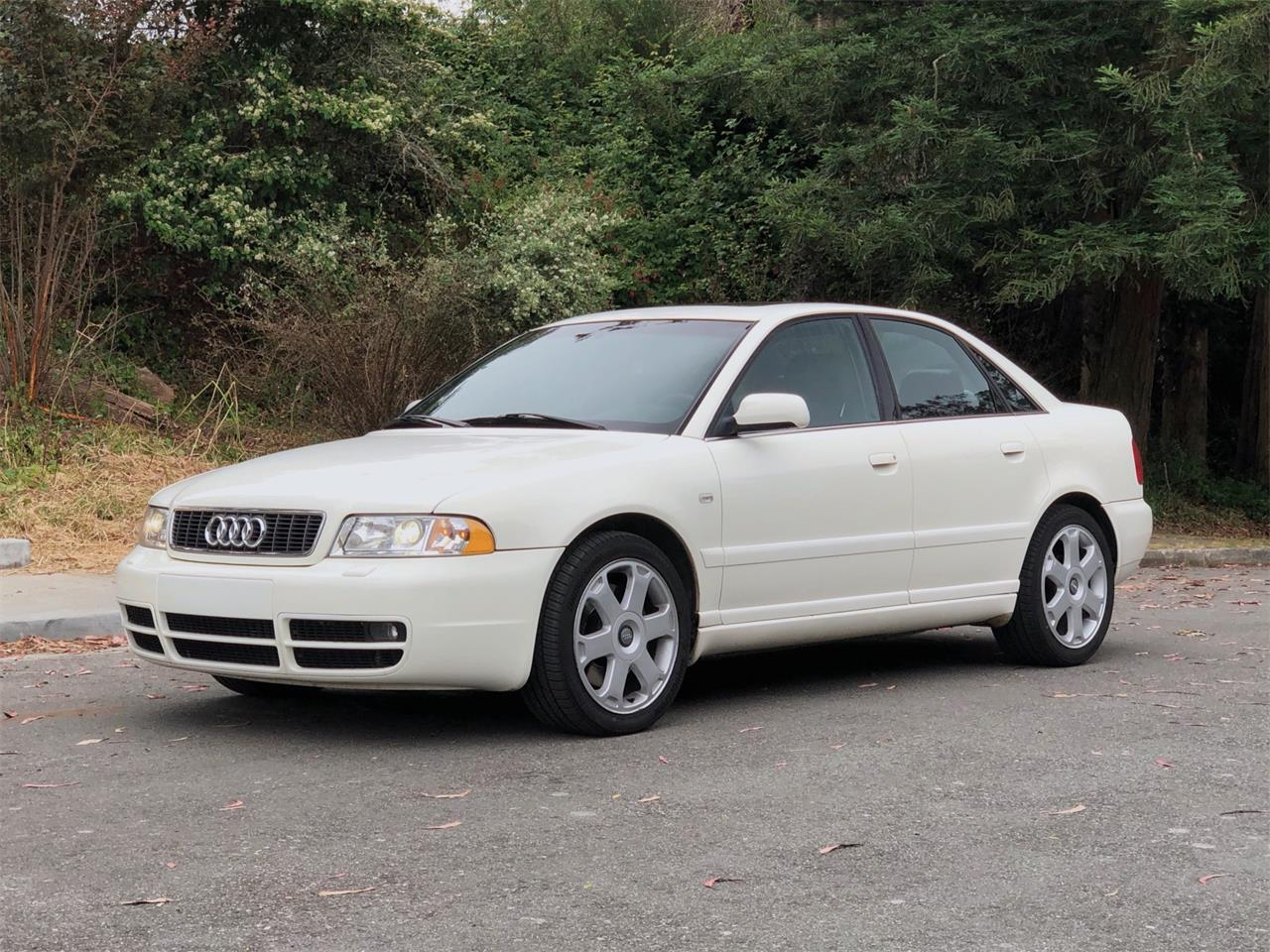 Large Picture of 2001 Audi S4 Auction Vehicle - QDIC
