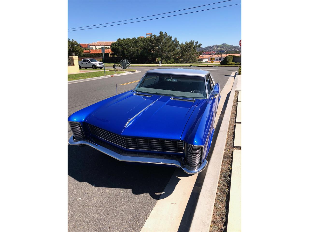 Large Picture of Classic 1965 Buick Riviera located in California - $27,499.00 Offered by a Private Seller - QHFP