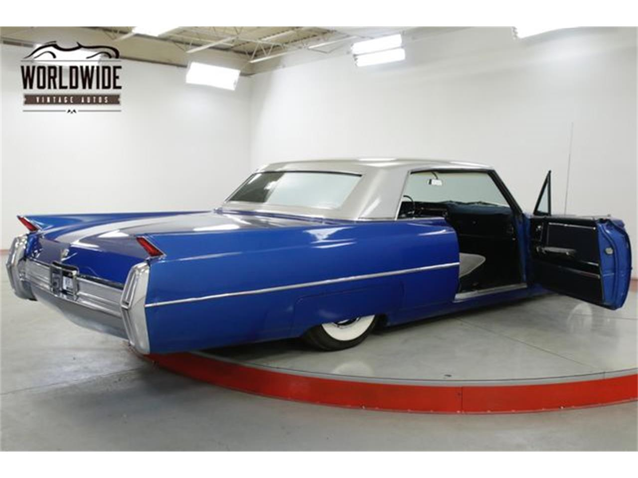 Large Picture of Classic 1964 Cadillac DeVille located in Colorado Offered by Worldwide Vintage Autos - QHH2