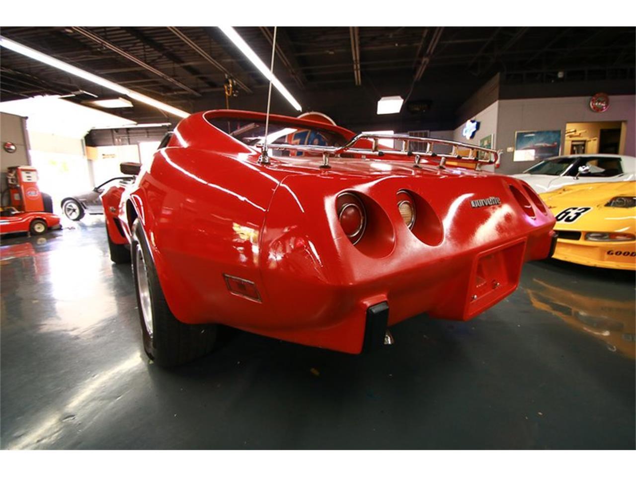 Large Picture of 1976 Corvette - QHTE