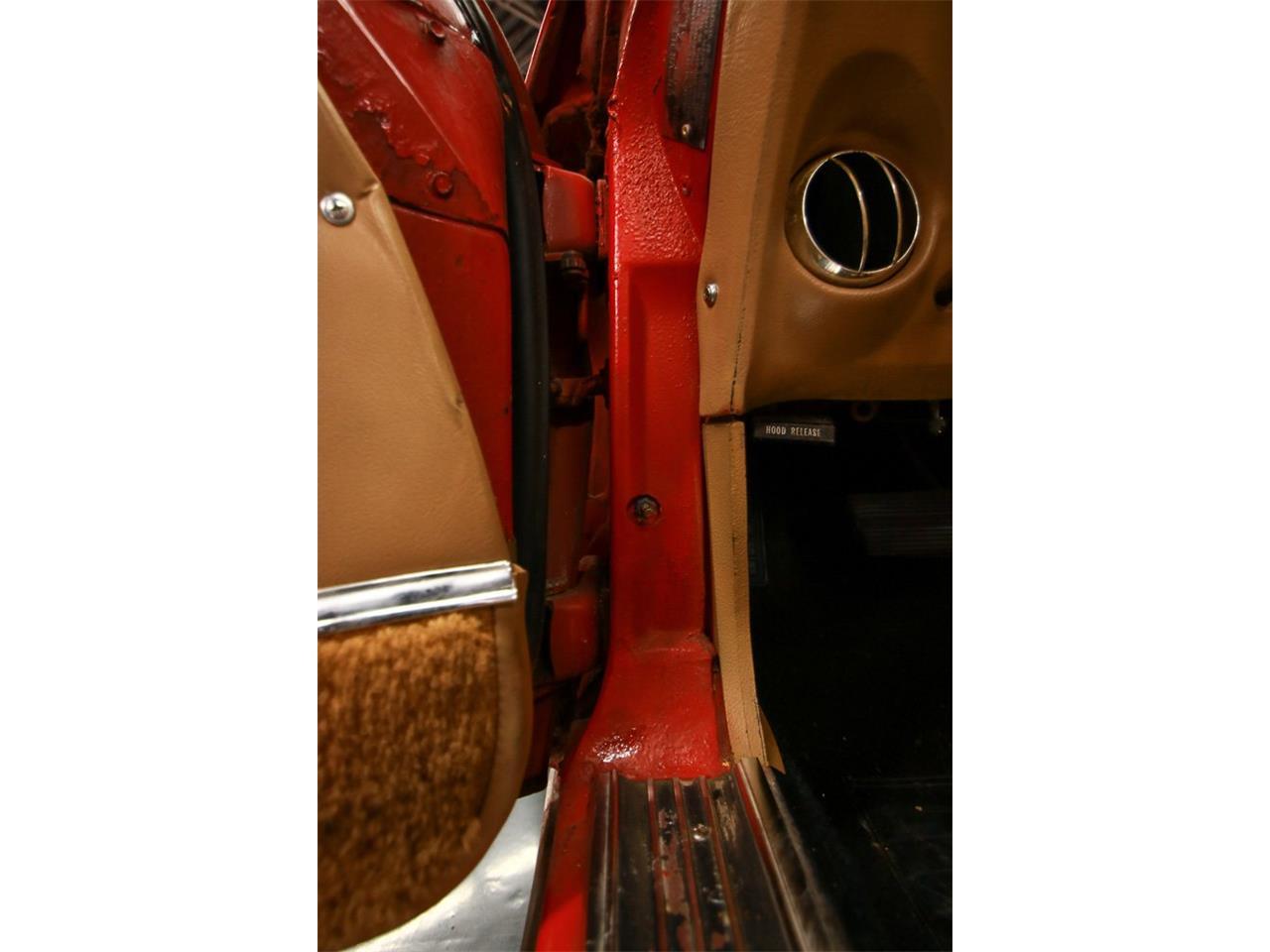 Large Picture of '76 Corvette located in Cincinnati Ohio - QHTE