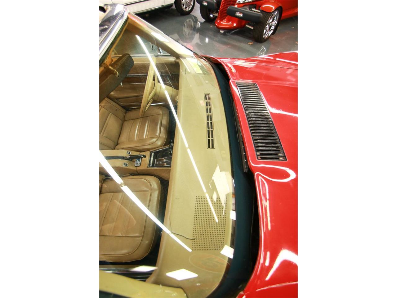 Large Picture of '76 Corvette - QHTE