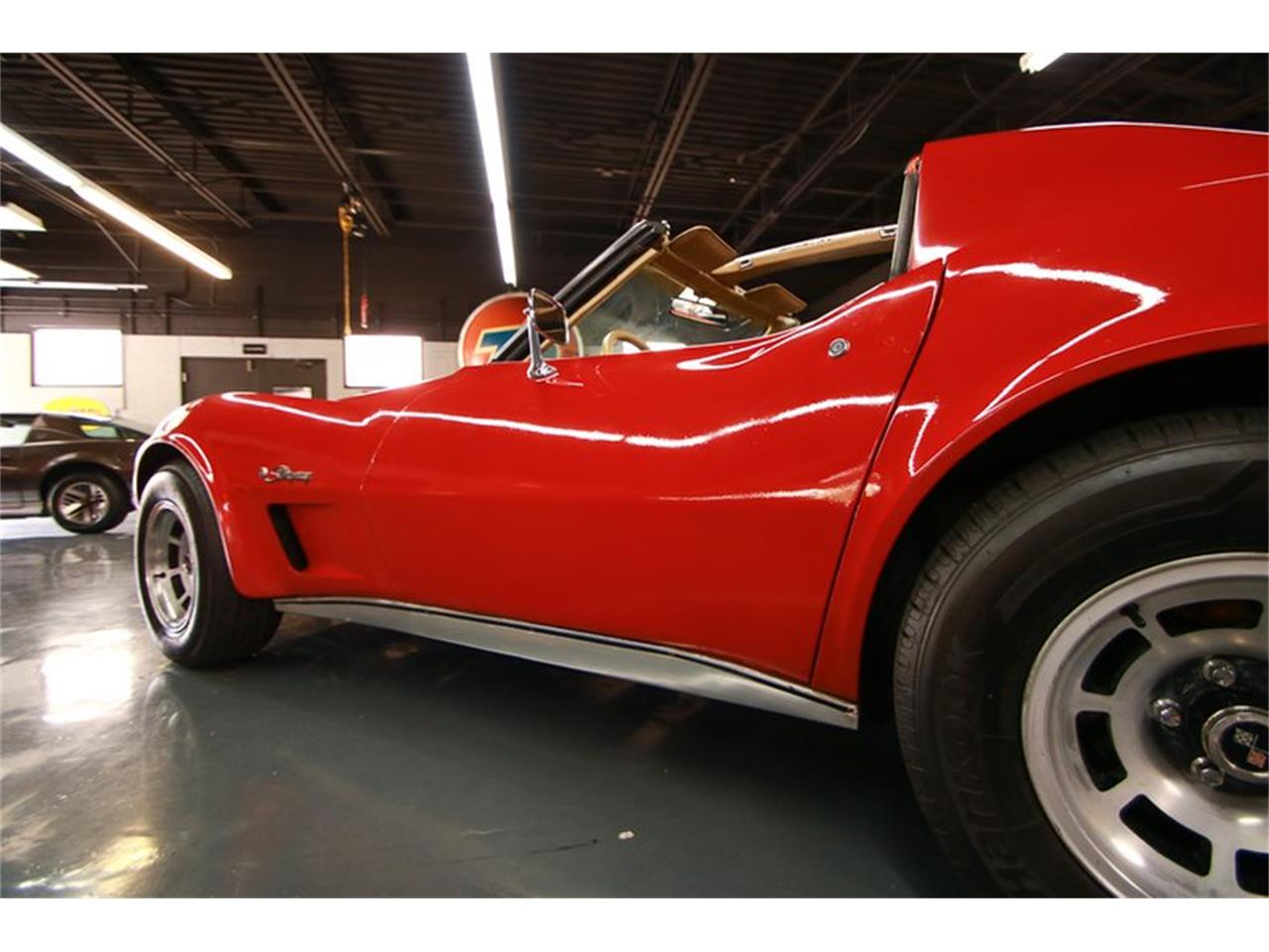 Large Picture of 1976 Chevrolet Corvette located in Cincinnati Ohio - $9,900.00 Offered by Seven Hills Motorcars - QHTE