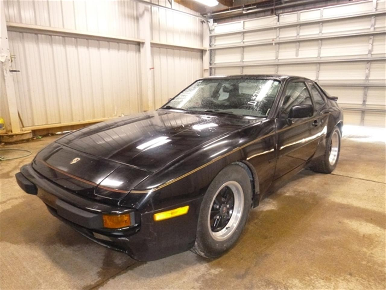 Large Picture of 1985 Porsche 944 located in Virginia Offered by East Coast Auto Source - QDKB
