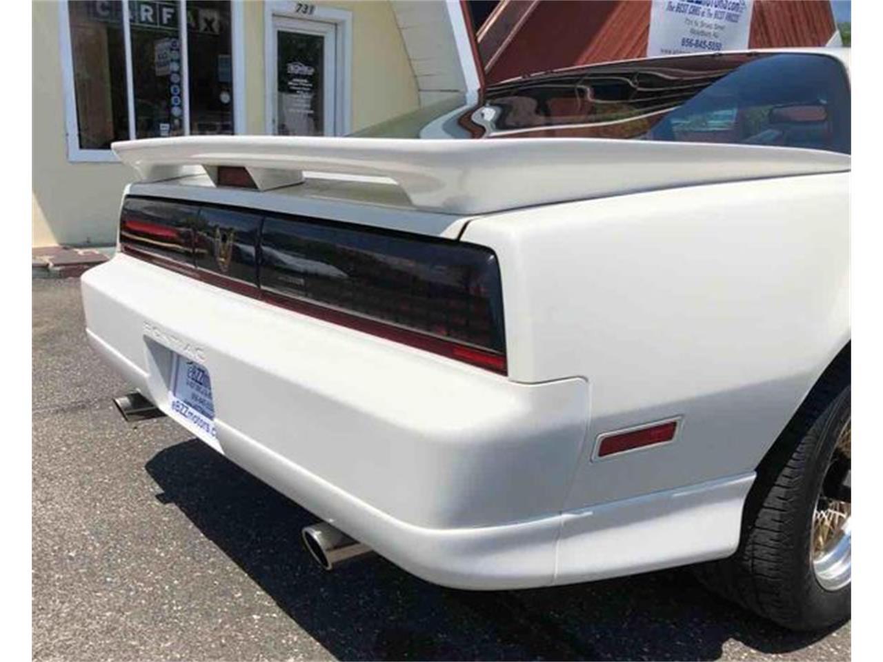 Large Picture of 1987 Pontiac Firebird Trans Am - $13,489.00 - QI1L