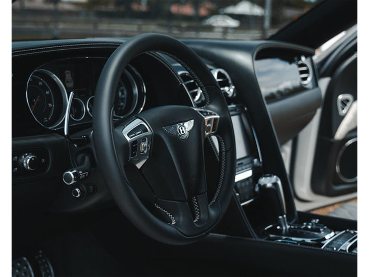 Large Picture of '18 Flying Spur - QDKM