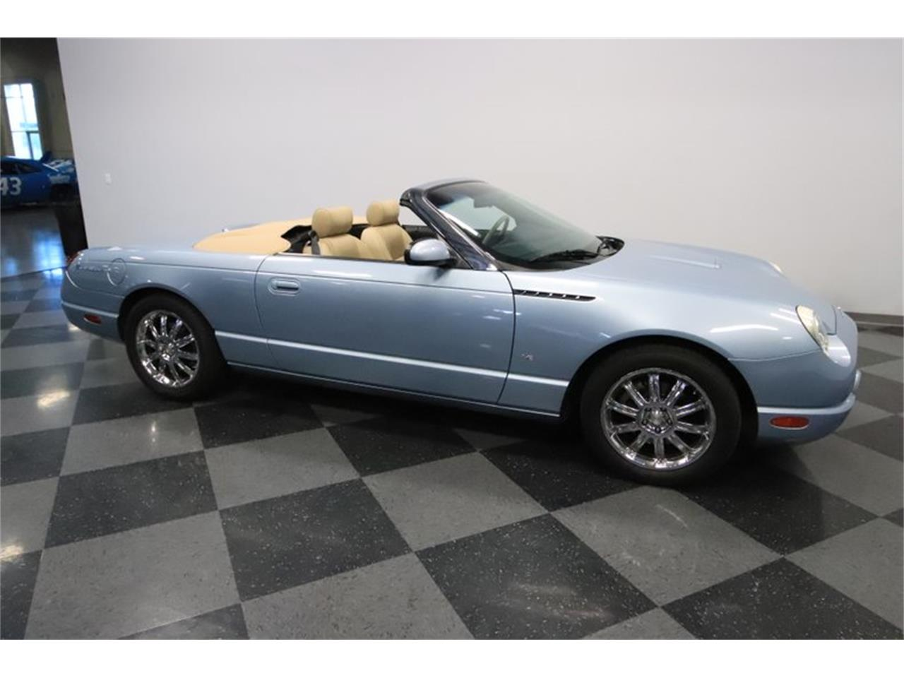Large Picture of '04 Thunderbird - QI32