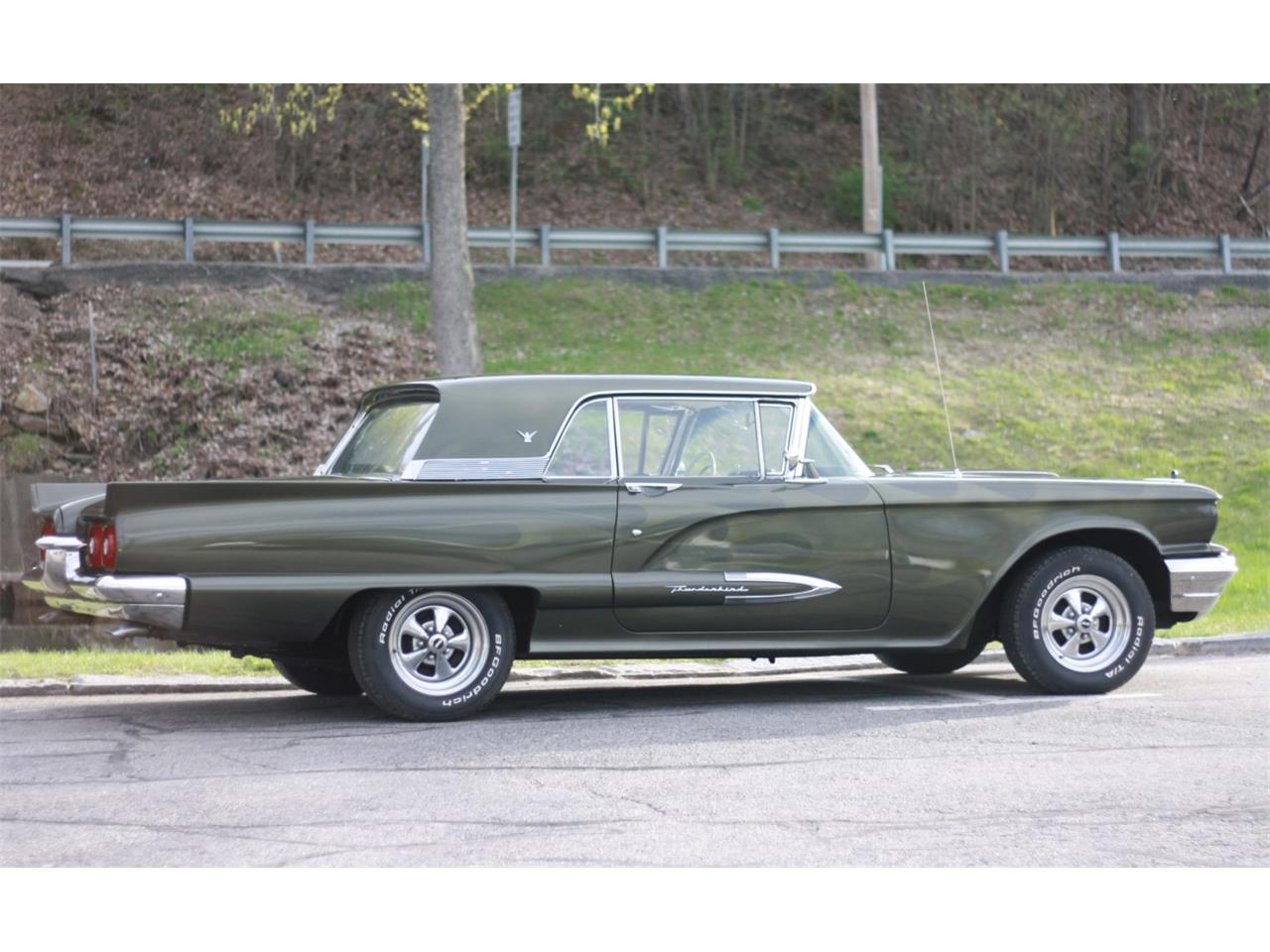 Large Picture of Classic 1959 Ford Thunderbird Offered by Bring A Trailer - QI4M