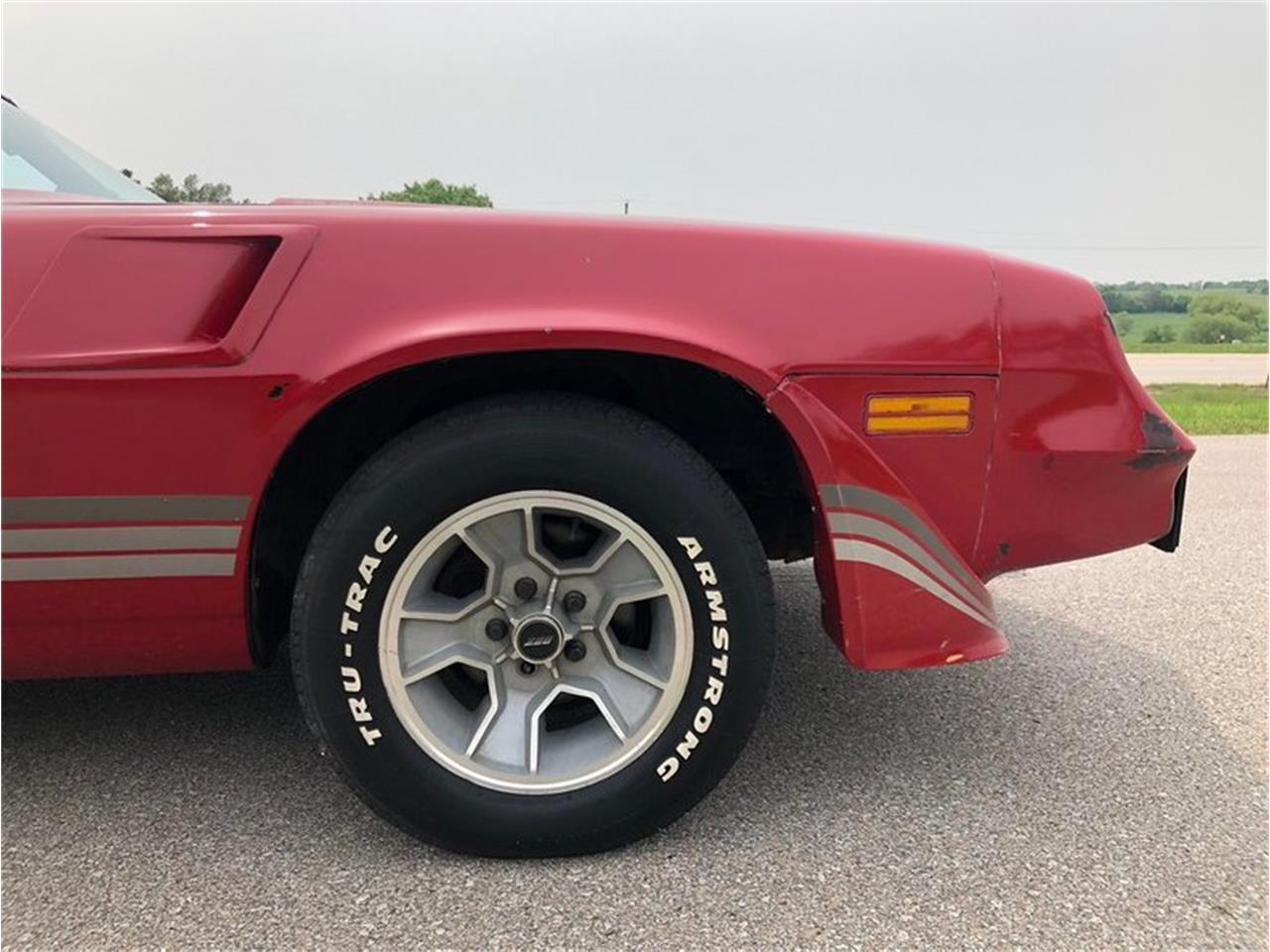 Large Picture of '81 Camaro - QI69