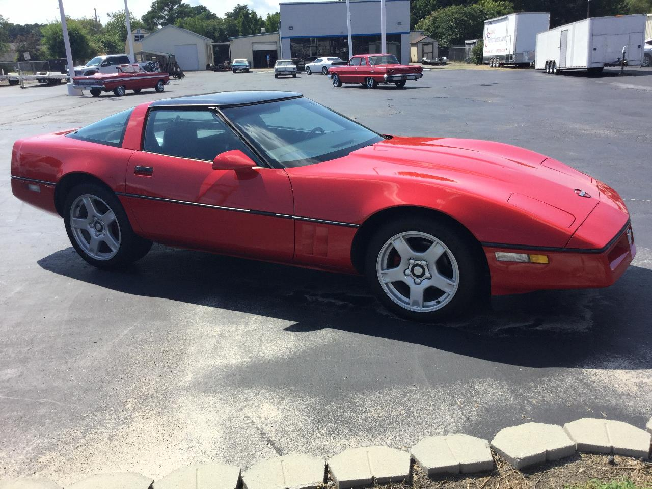 Large Picture of '85 Chevrolet Corvette Offered by Classic Connections - QI76