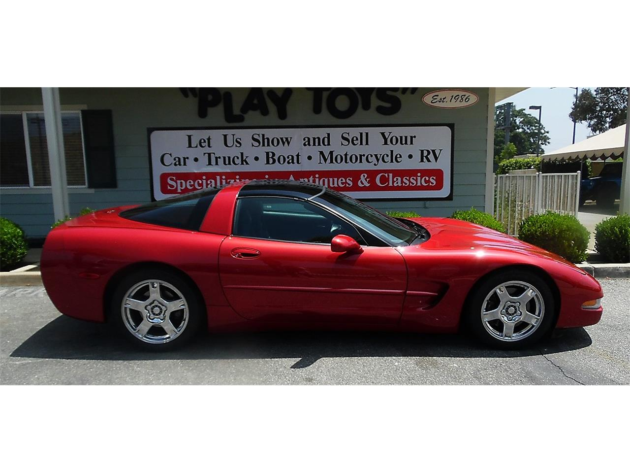 Large Picture of '97 Chevrolet Corvette Offered by Play Toys Classic Cars - QDLE