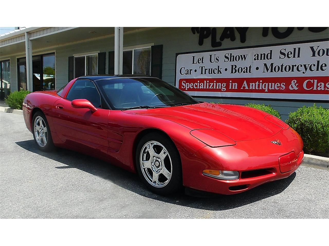 Large Picture of 1997 Chevrolet Corvette located in Redlands California - $21,995.00 - QDLE