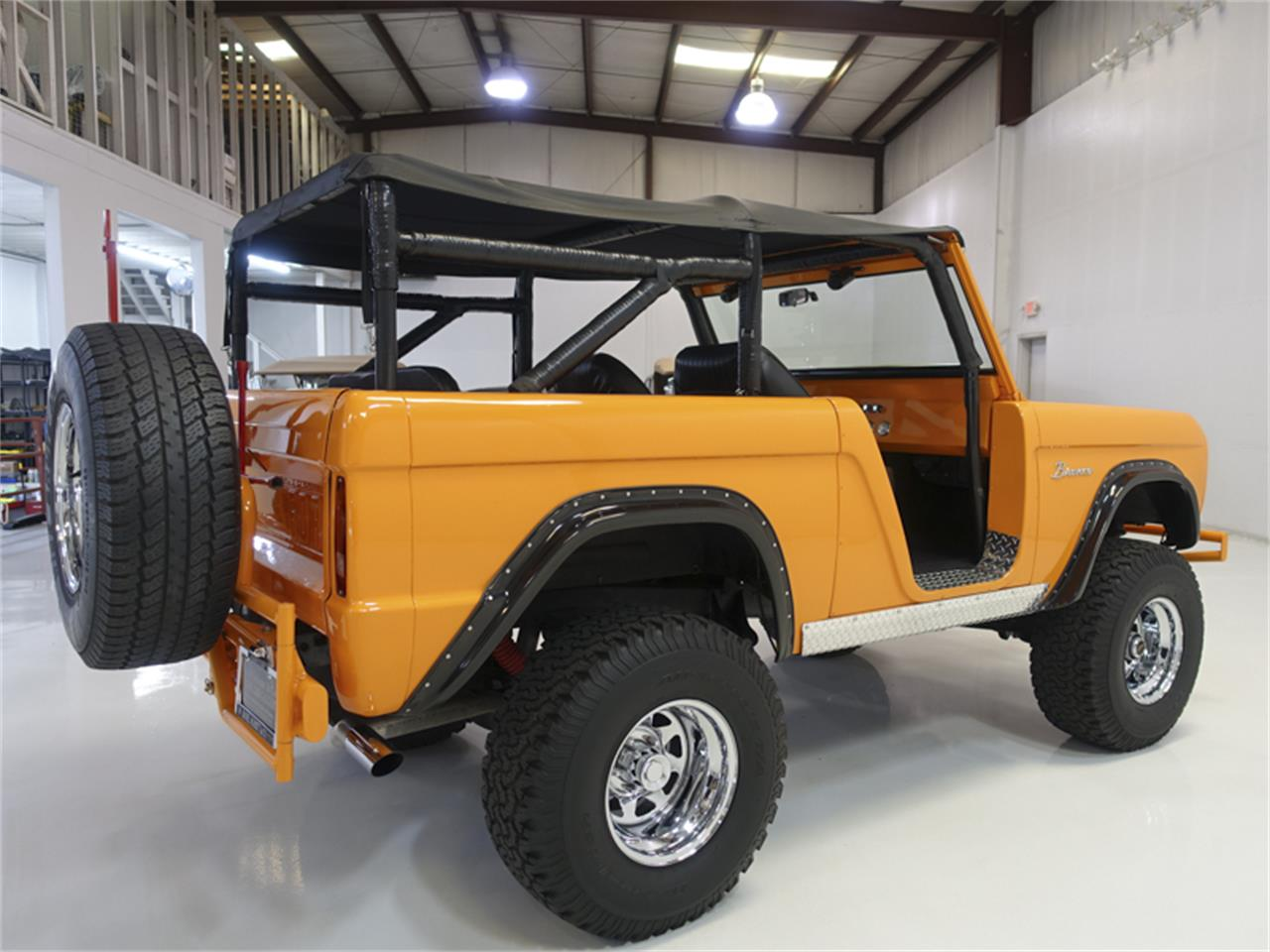 Large Picture of 1967 Bronco - QIAT