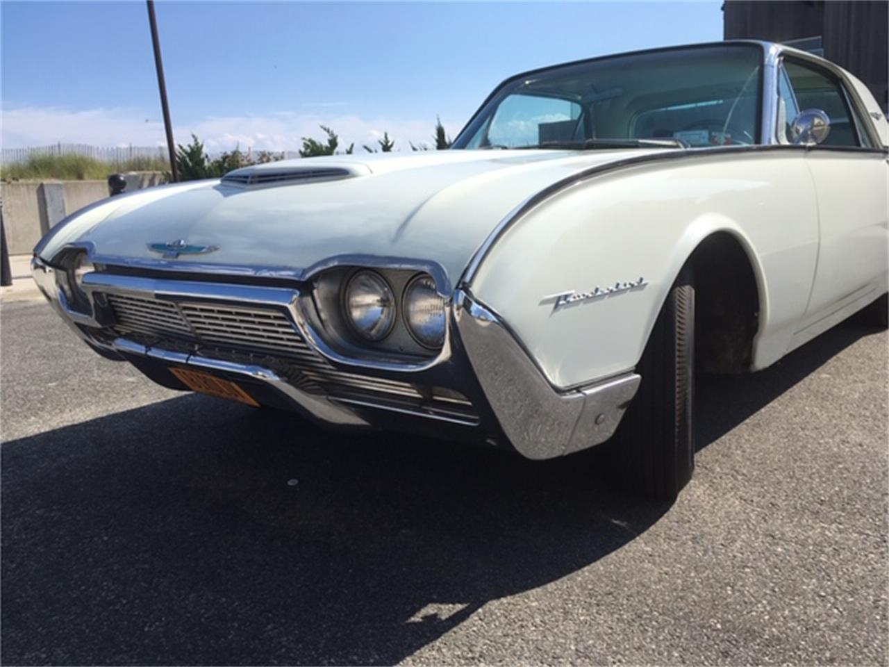 Large Picture of Classic '61 Thunderbird located in New York - QIBR