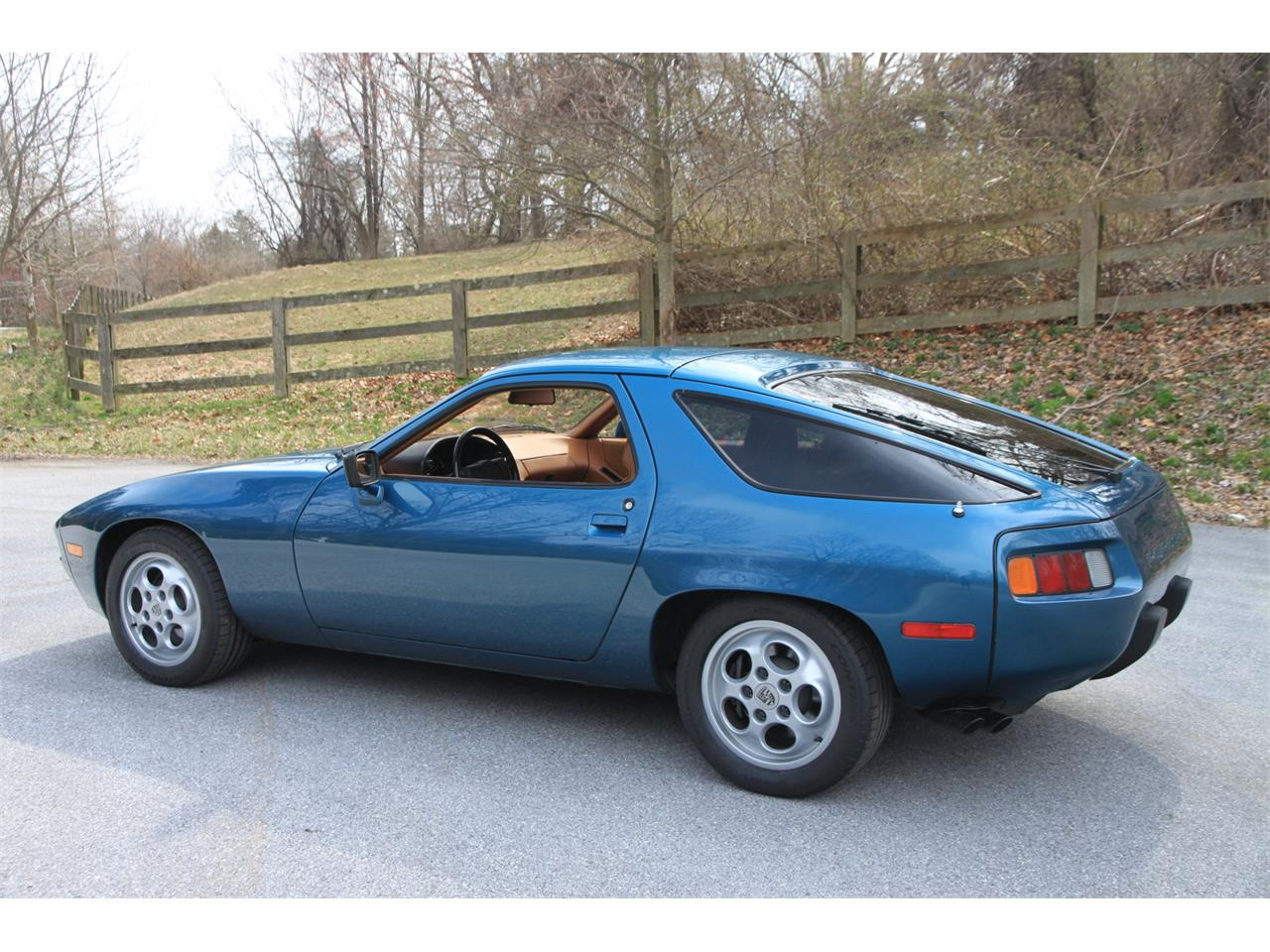 Large Picture of '79 Porsche 928 Offered by Bring A Trailer - QIE8