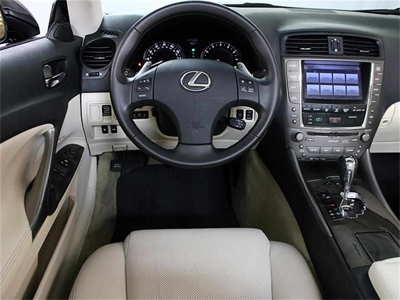 Large Picture of '10 Lexus IS350 located in Addison Illinois - QIG4