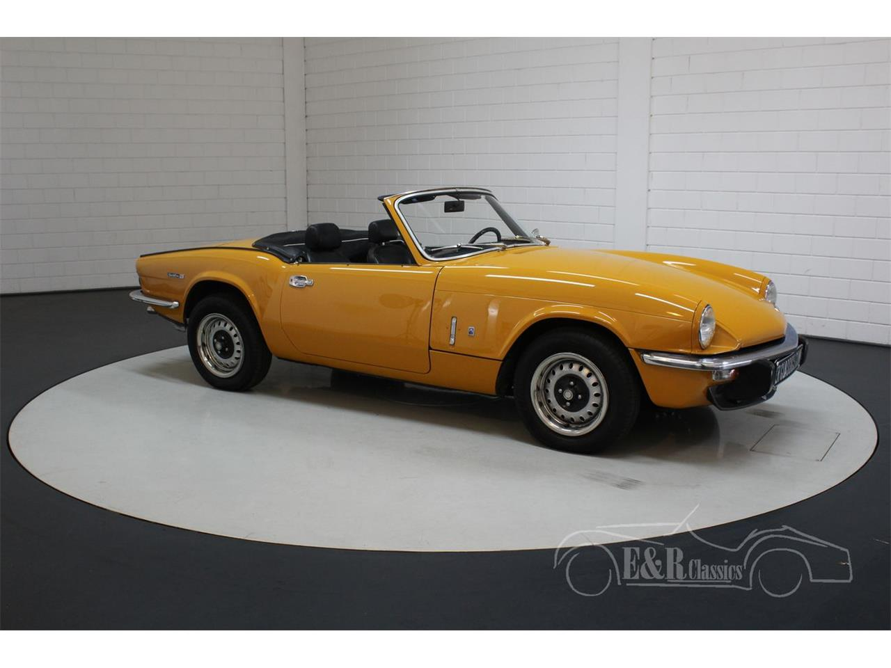 Large Picture of '74 Triumph Spitfire - $16,850.00 Offered by E & R Classics - QIIQ