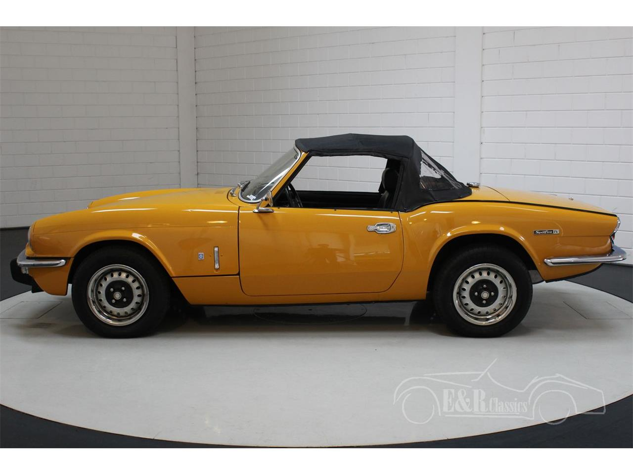 Large Picture of 1974 Triumph Spitfire - QIIQ