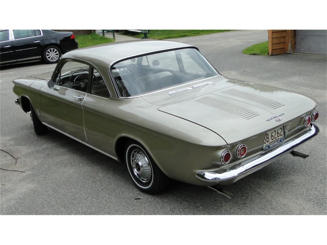 Large Picture of '62 Chevrolet Corvair Monza located in Minnesota - QIKQ