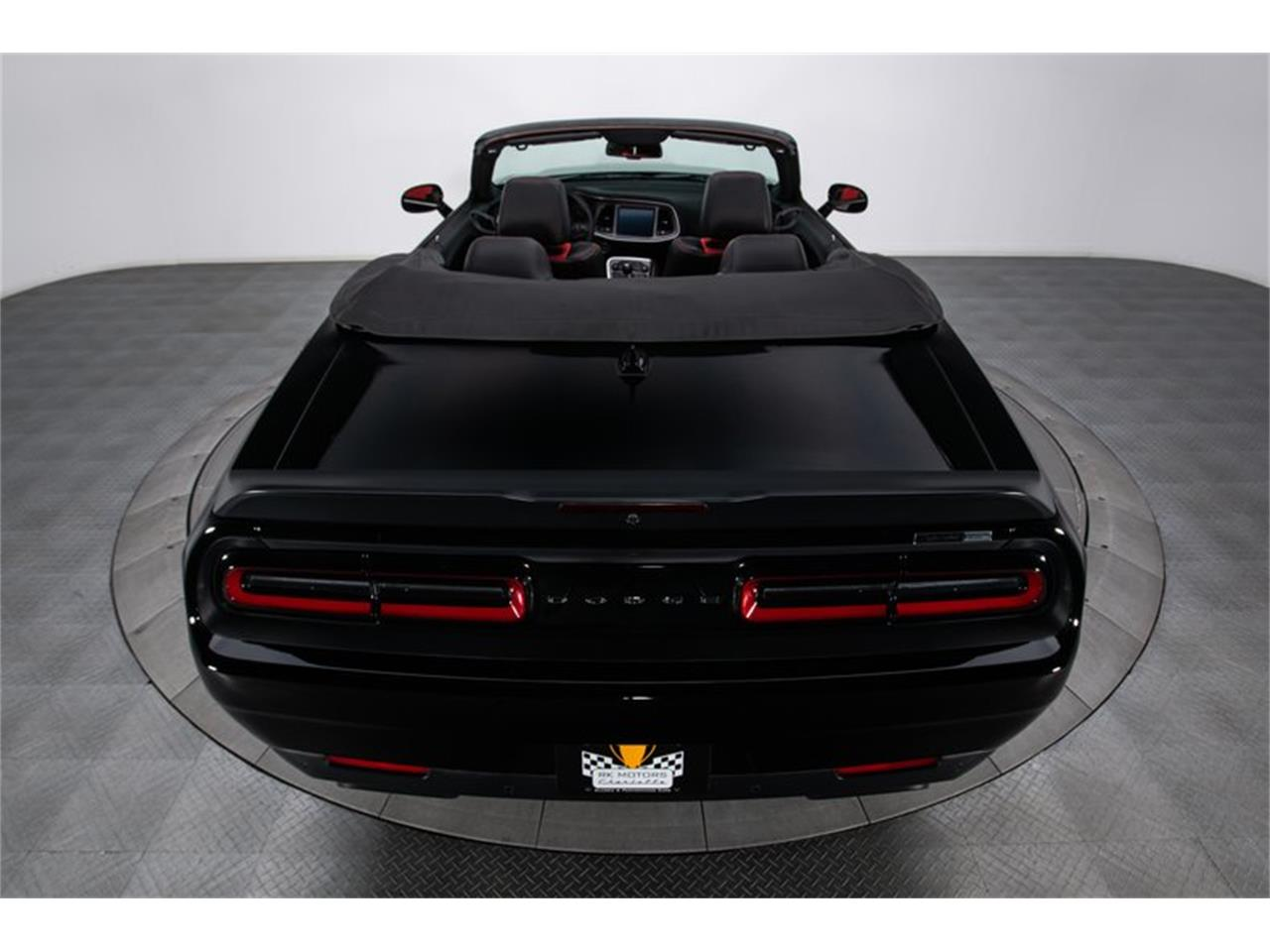Large Picture of '18 Challenger - QILV