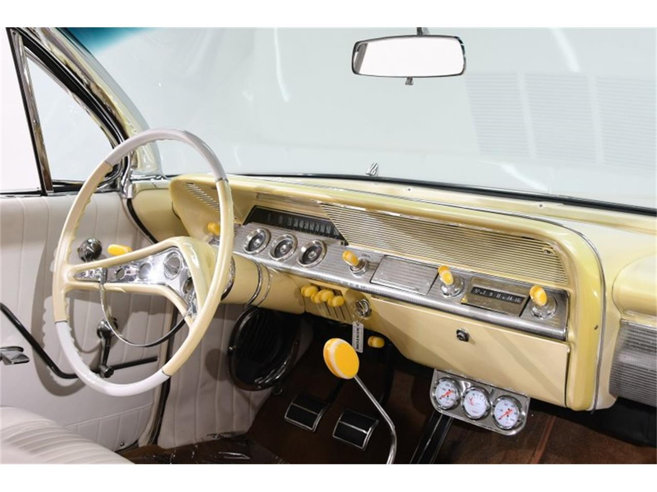 Large Picture of Classic '62 Chevrolet Impala located in Illinois - QIVA