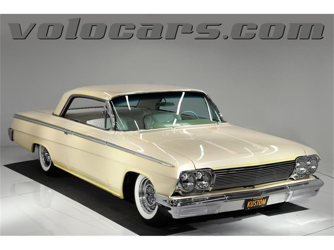 Large Picture of Classic '62 Impala located in Volo Illinois Offered by Volo Auto Museum - QIVA