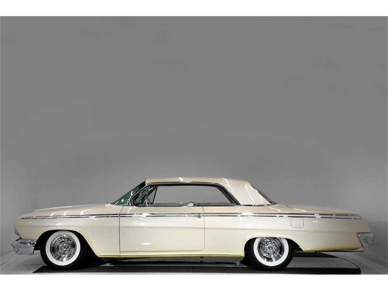 Large Picture of Classic '62 Chevrolet Impala located in Volo Illinois - $51,998.00 - QIVA