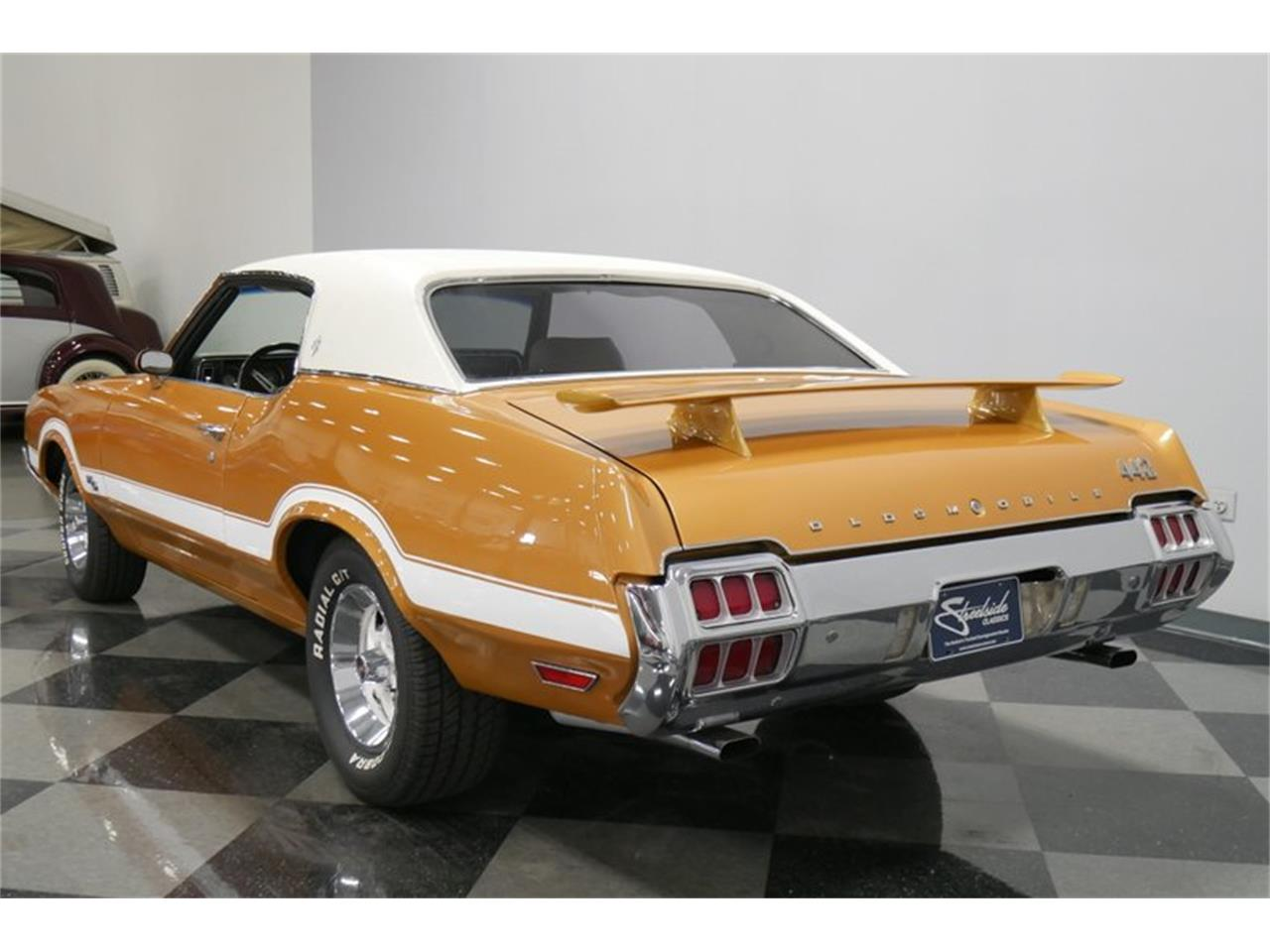 Large Picture of Classic '72 Oldsmobile Cutlass Offered by Streetside Classics - Nashville - QIVH