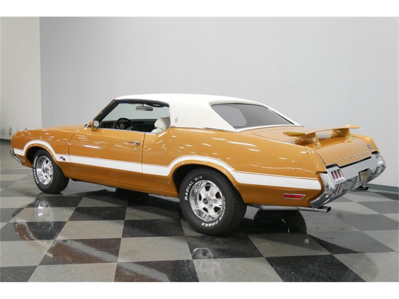 Large Picture of Classic '72 Cutlass located in Lavergne Tennessee - QIVH