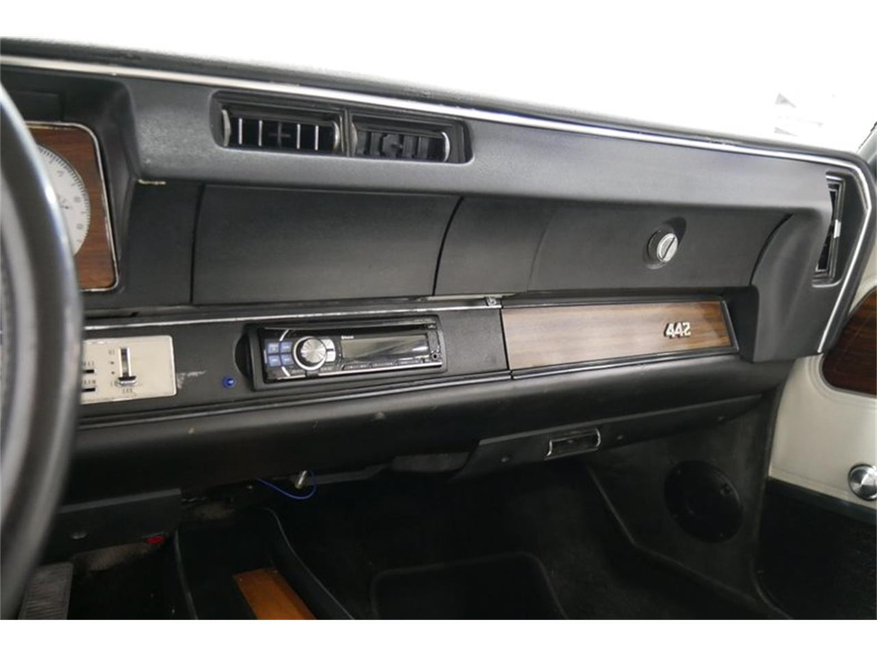 Large Picture of 1972 Oldsmobile Cutlass Offered by Streetside Classics - Nashville - QIVH