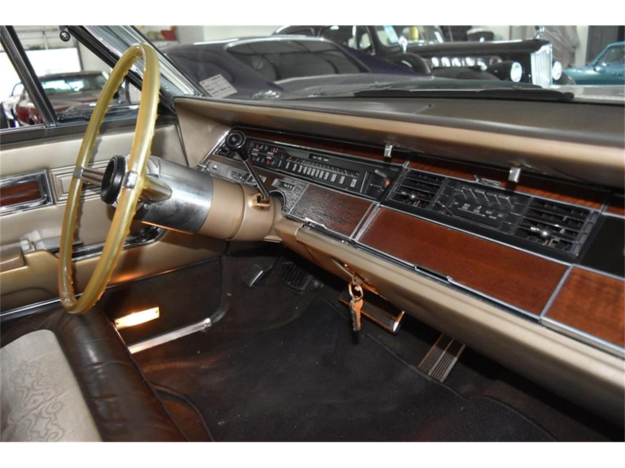 Large Picture of Classic '67 Chrysler Imperial Offered by Orlando Classic Cars - QIWP