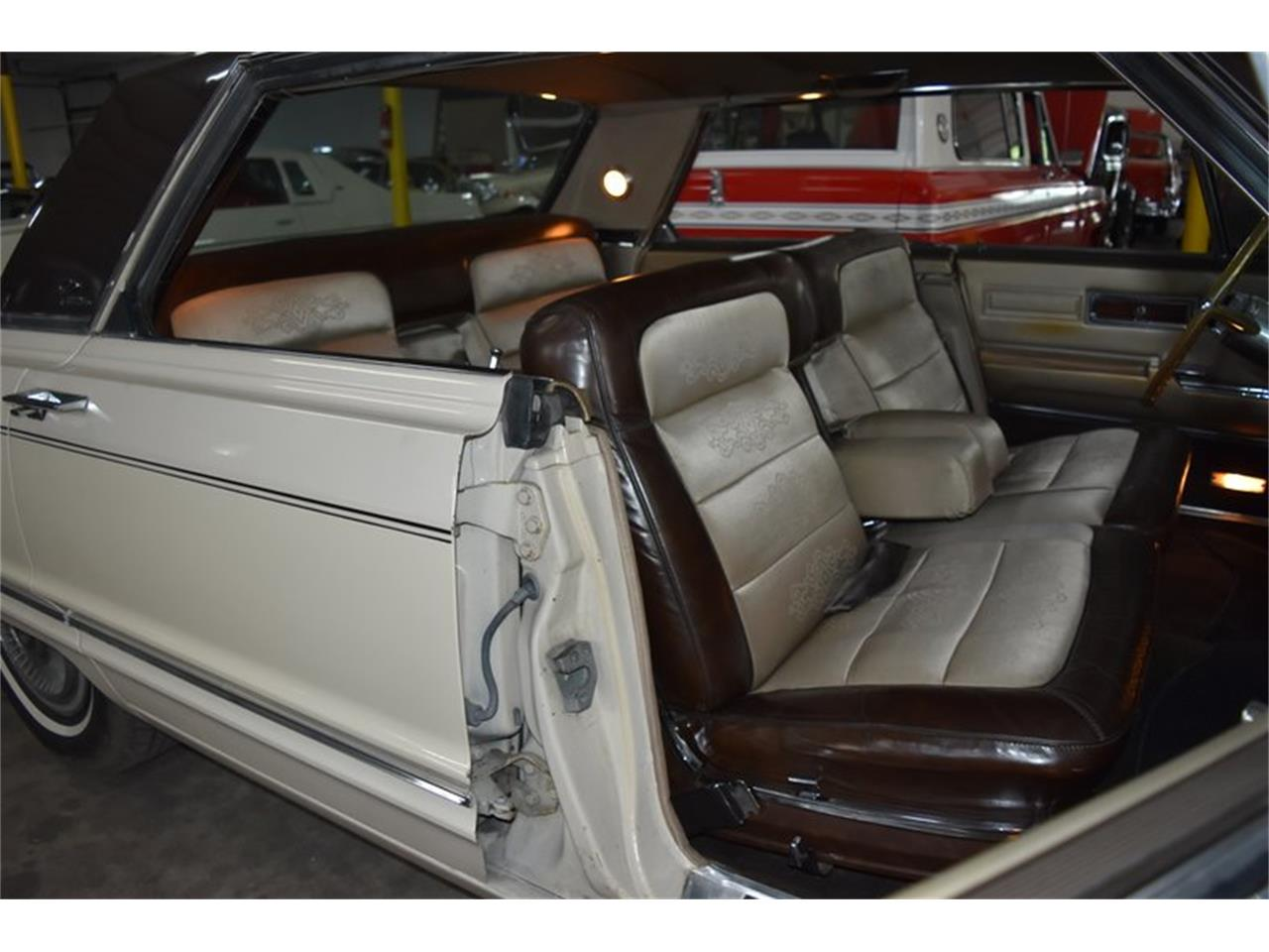 Large Picture of Classic '67 Chrysler Imperial located in Orlando Florida - $11,900.00 - QIWP