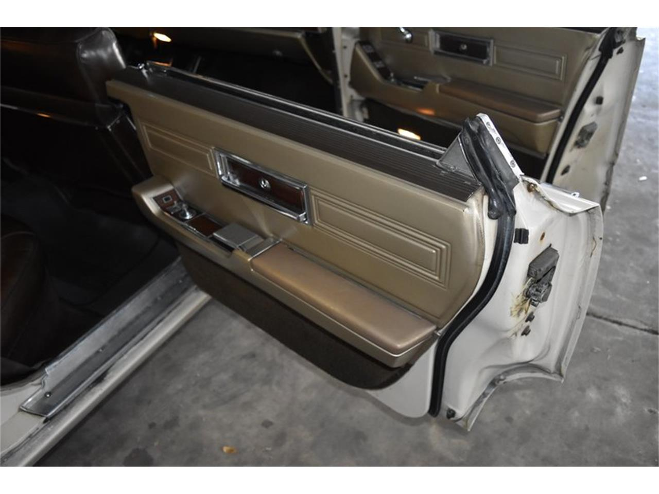 Large Picture of '67 Chrysler Imperial - $11,900.00 Offered by Orlando Classic Cars - QIWP