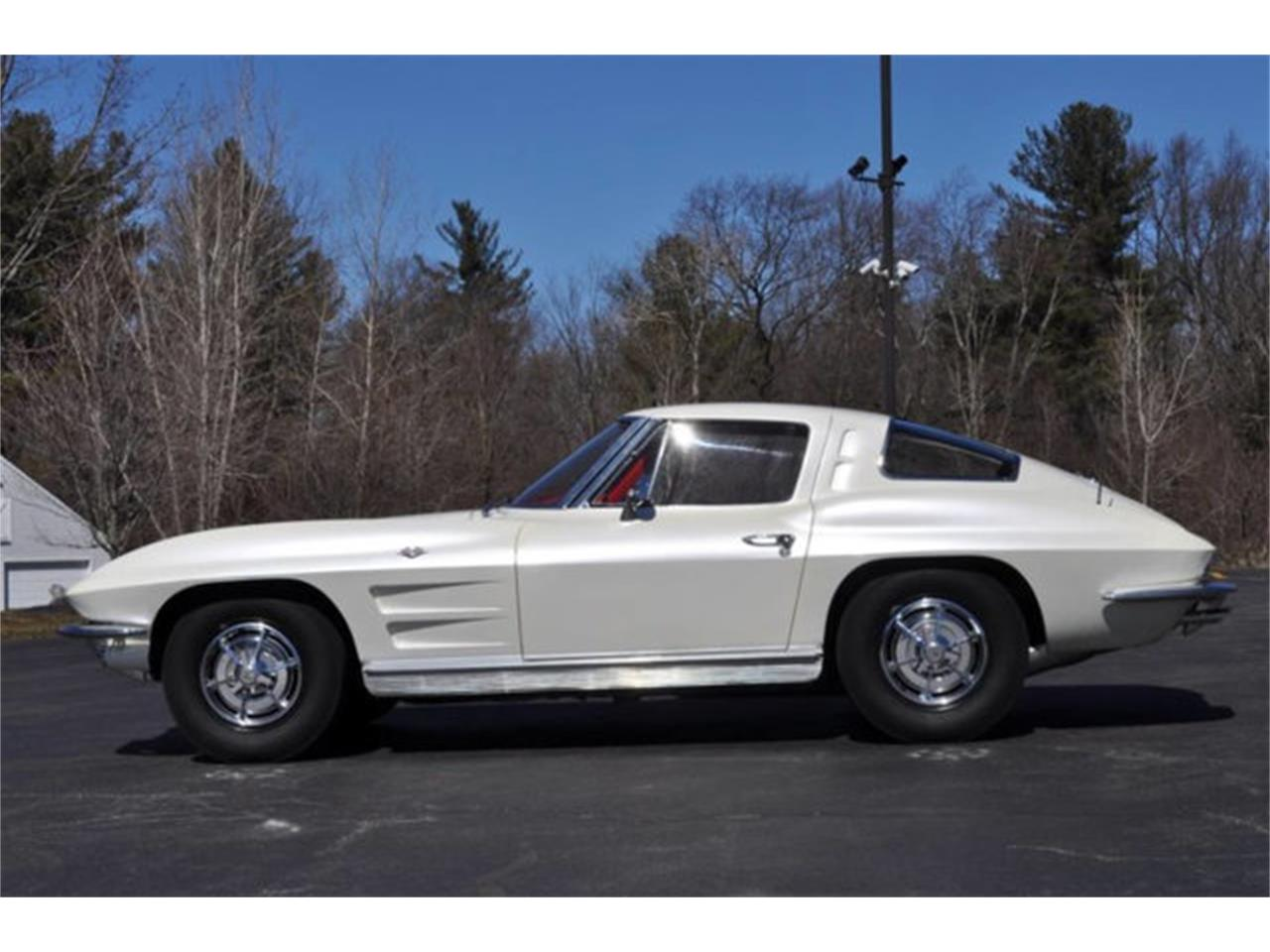 Large Picture of Classic '63 Chevrolet Corvette located in Clifton Park New York Offered by Prestige Motor Car Co. - QDNP