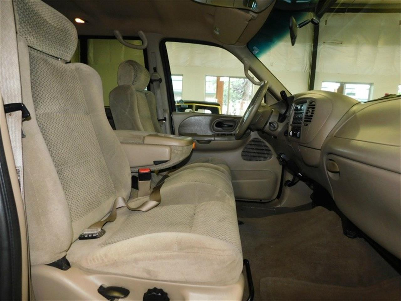 Large Picture of '01 Ford F150 - $6,495.00 Offered by Bend Park And Sell - QIXL