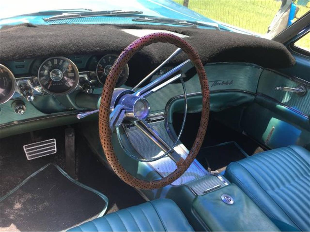 Large Picture of '62 Thunderbird - QIXW
