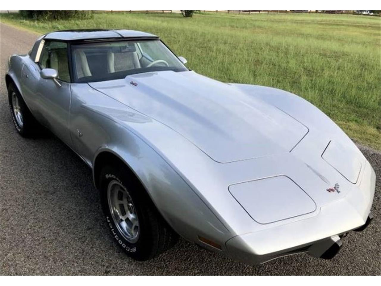 Large Picture of '79 Corvette - QIY0