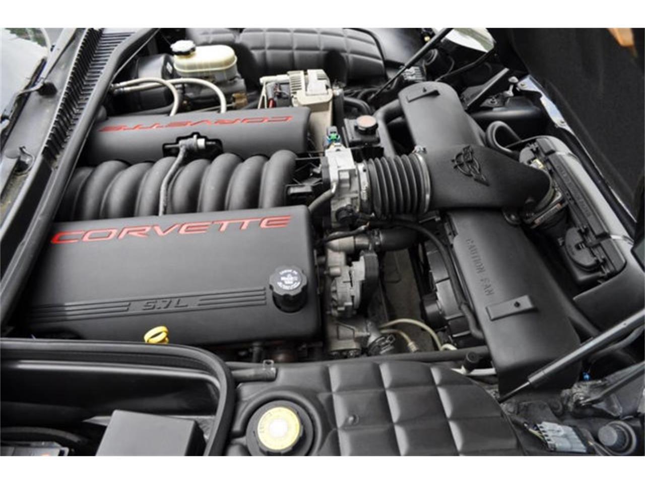 Large Picture of '97 Chevrolet Corvette - QDO3