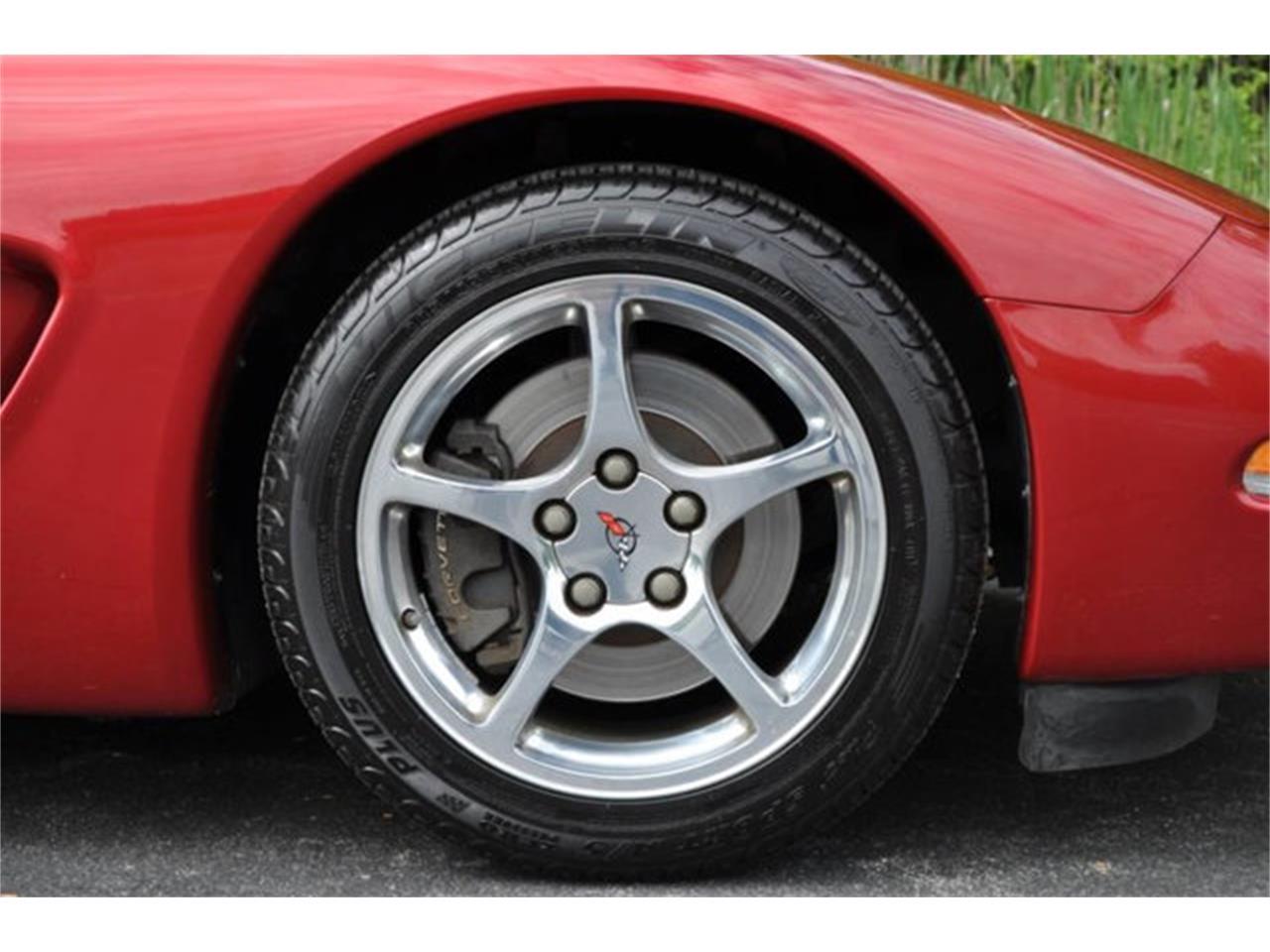 Large Picture of '01 Corvette - QDO4