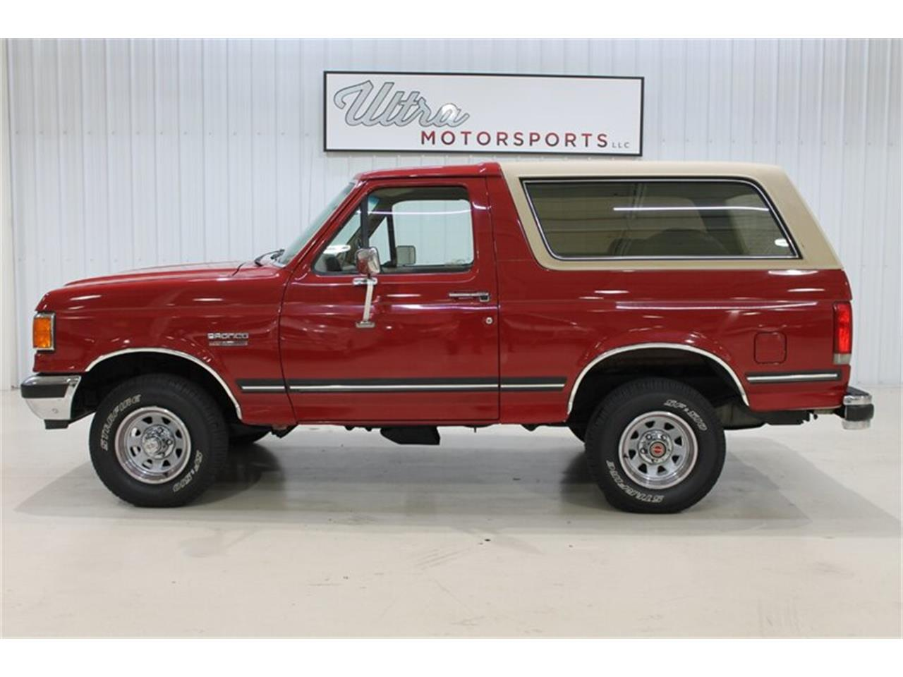 Large Picture of '89 Bronco Offered by Ultra Motorsports - QJ2N