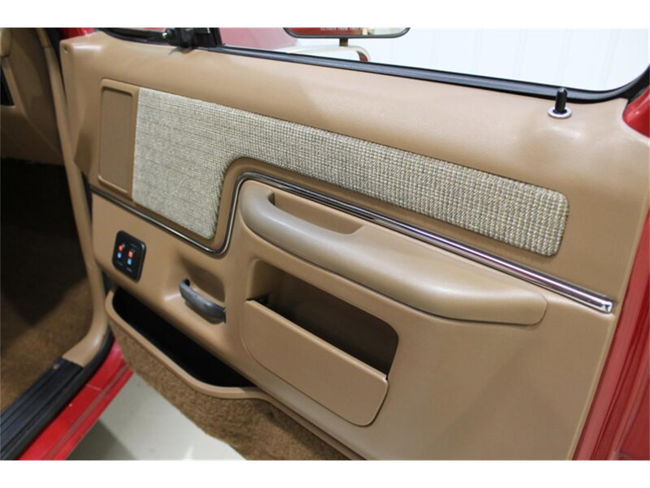 Large Picture of '89 Bronco - $21,000.00 Offered by Ultra Motorsports - QJ2N