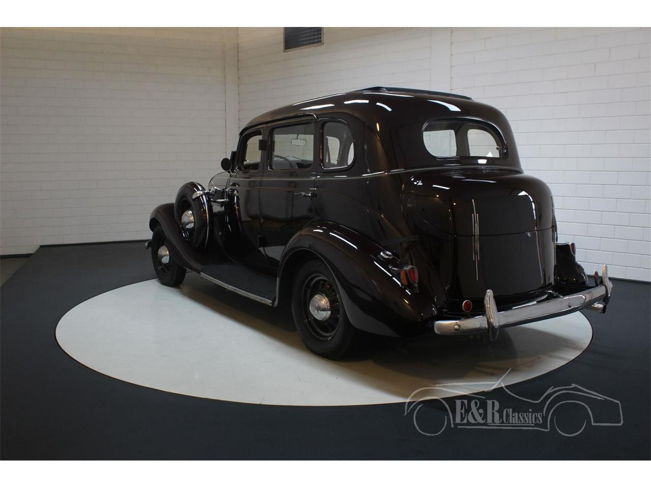 Large Picture of Classic '35 Dictator located in noord brabant Offered by E & R Classics - QJ2R