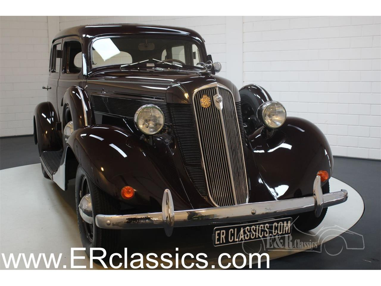 Large Picture of Classic 1935 Dictator located in noord brabant - $33,800.00 Offered by E & R Classics - QJ2R