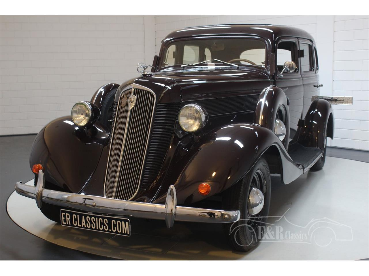 Large Picture of Classic '35 Dictator located in Waalwijk noord brabant Offered by E & R Classics - QJ2R