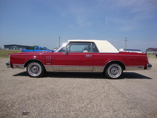 Picture of '83 Continental Mark VI - QJ3O