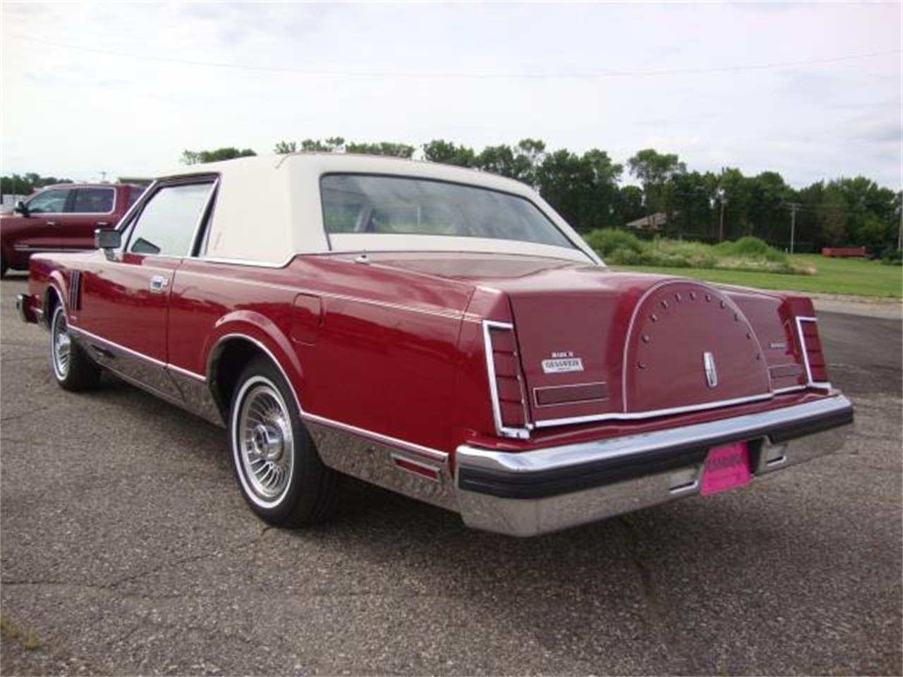 Large Picture of '83 Continental Mark VI - QJ3O