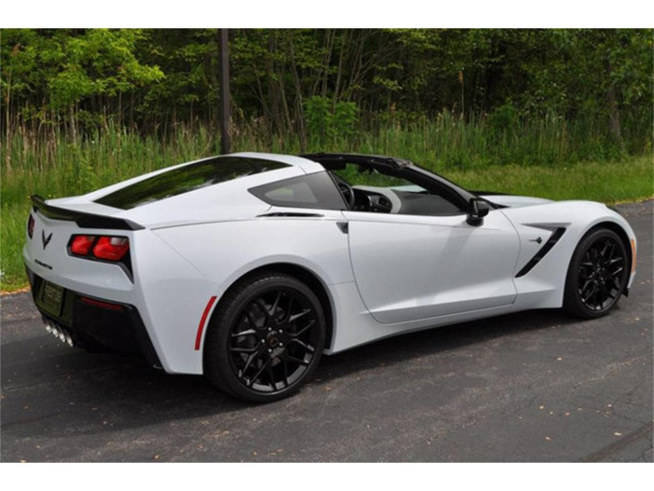 Large Picture of 2018 Chevrolet Corvette located in Clifton Park New York - $58,999.00 - QDOE