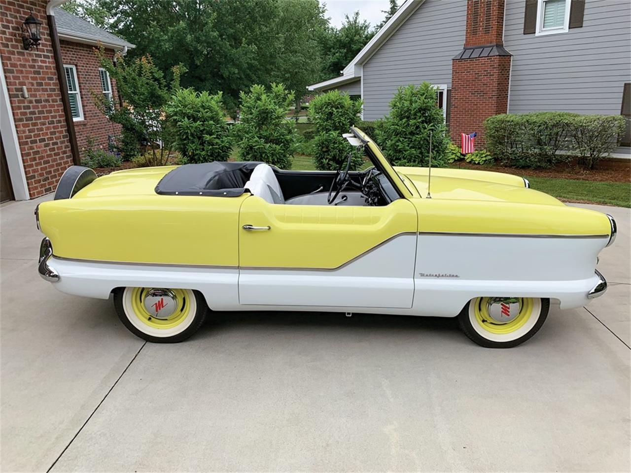 Large Picture of Classic 1958 Nash Metropolitan located in Indiana Offered by RM Sotheby's - QDOU
